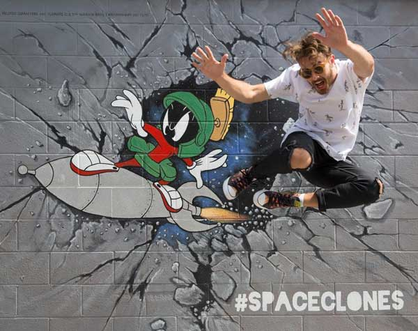 marvin-the-martian mural