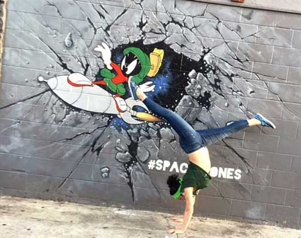 marvin-the-martian mural comicon